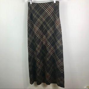 Classic Ralph Lauren plaid 100% wool skirt pockets